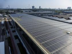 Antwerpen plaatst innovatieve DAS Energy lichtgewichtzonnepanelen
