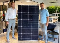 4BLUE kiest voor de toekomst, met zonnepanelen van Meyer Burger