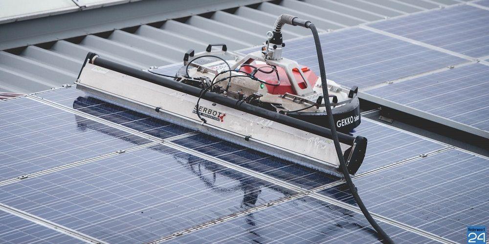 Nederlandse robot reinigt panelen