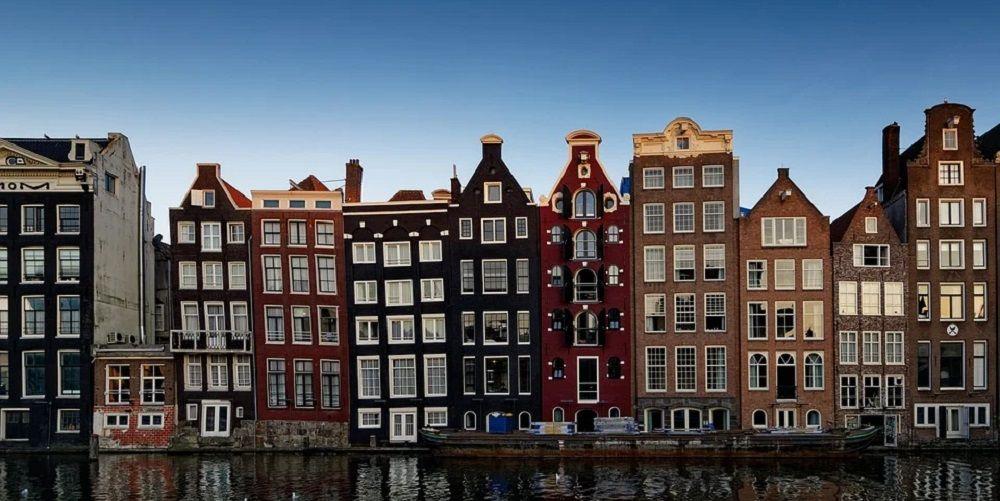 Begroting Amsterdam: zonnepanelen en duurzame banen