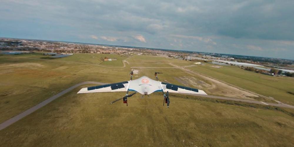 Nederlandse drone maakt testvlucht met zonnecellen