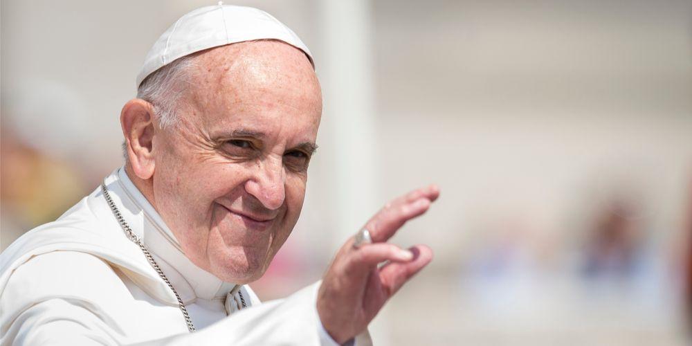 Paus keurt zonneweide goed