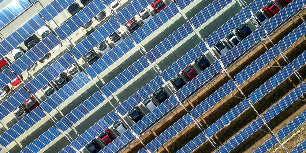 De zonnige kant van parkeren
