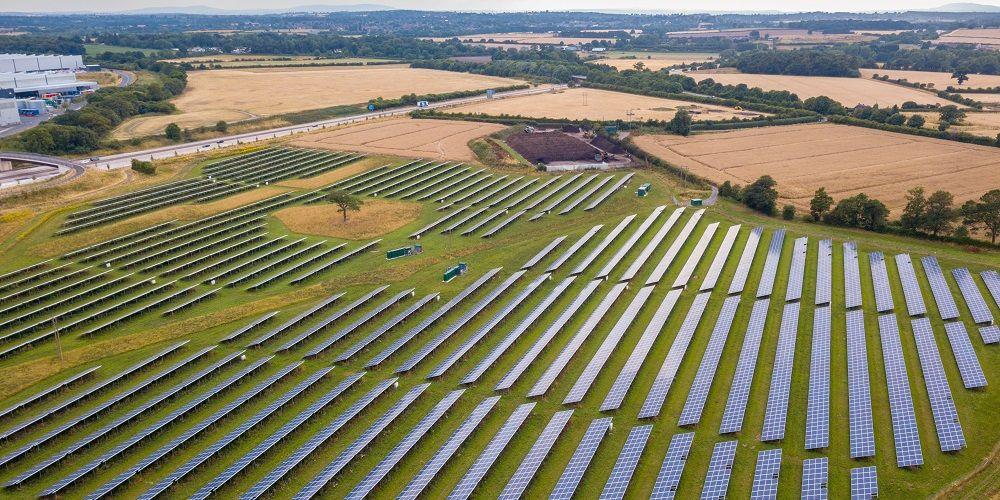 Tientallen gemeentes nemen moties aan tegen komst grote zonneparken